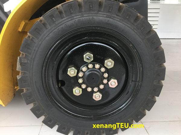 xe-nang-3-tan