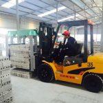 Xe nâng kẹp gạch Nhật Bản TEU nhập khẩu Trung Quốc